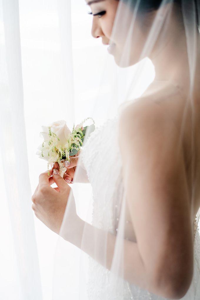 Elegant Rose Gold & Blush by Bali Izatta Wedding Planner & Wedding Florist Decorator - 002