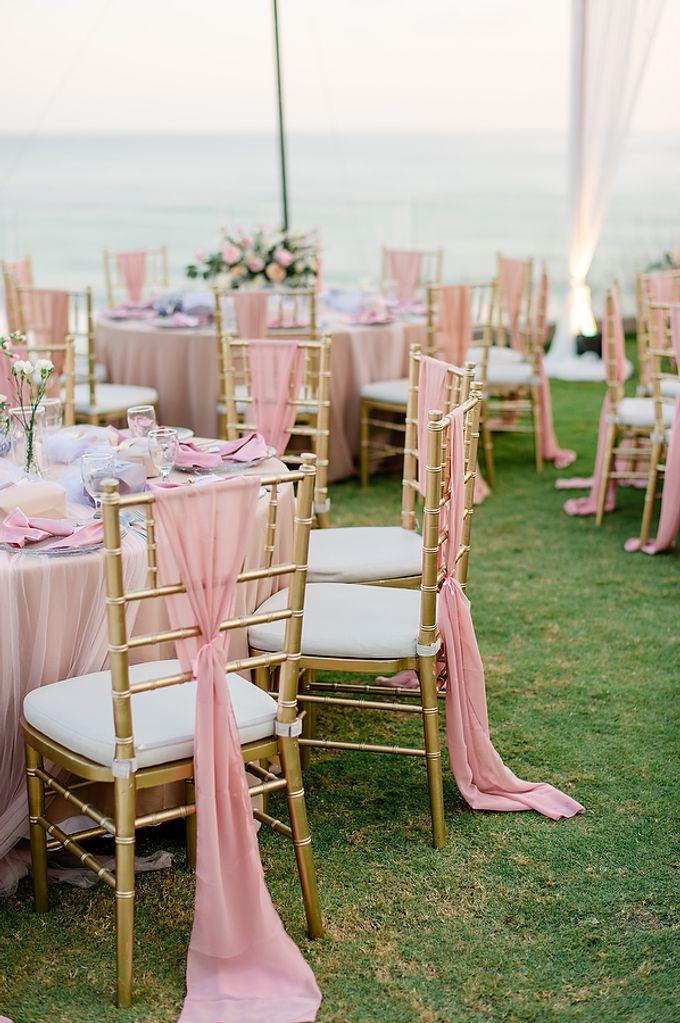 Elegant Rose Gold & Blush by Bali Izatta Wedding Planner & Wedding Florist Decorator - 010