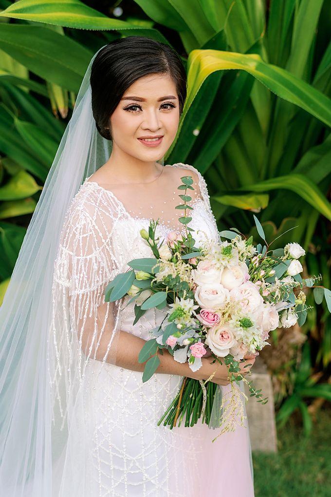 Elegant Rose Gold & Blush by Bali Izatta Wedding Planner & Wedding Florist Decorator - 004