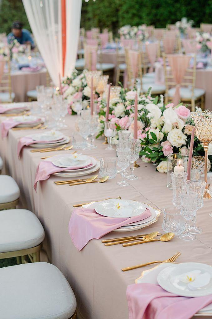 Elegant Rose Gold & Blush by Bali Izatta Wedding Planner & Wedding Florist Decorator - 012