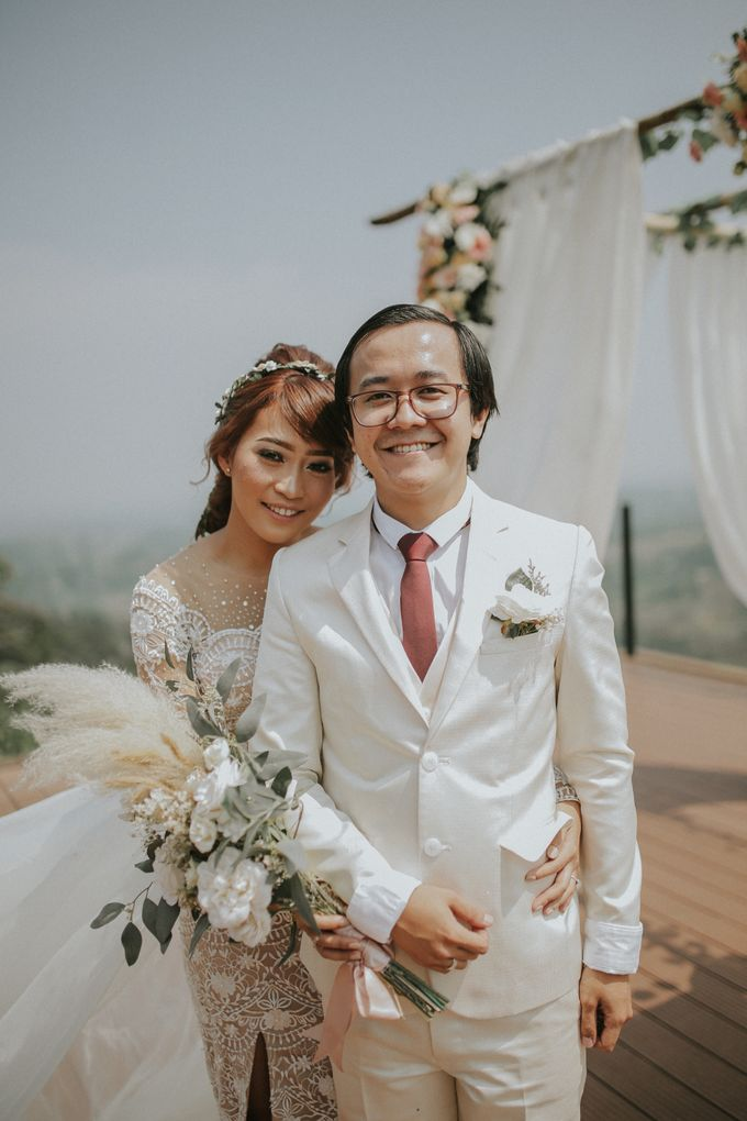 Rossy & Steven by Royal Tulip Gunung Geulis Resort & Golf - 016