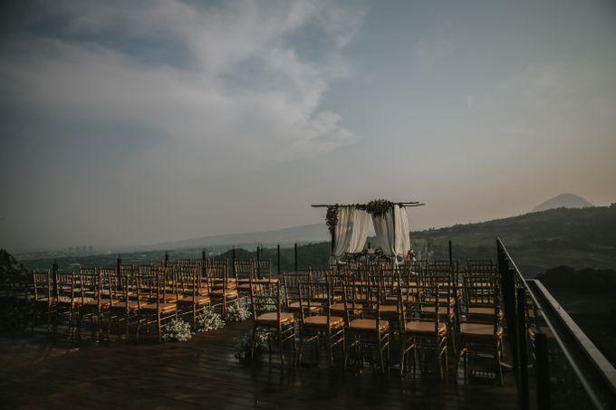 Rossy & Steven by Royal Tulip Gunung Geulis Resort & Golf - 020