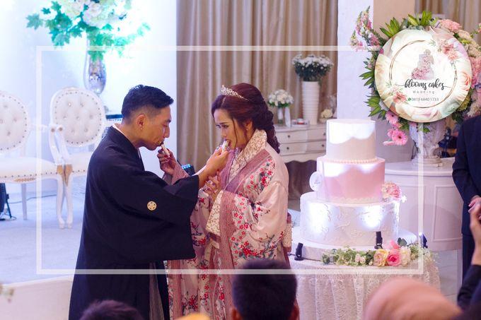 Custom Wedding Cake by Bloomscake Wedding - 028