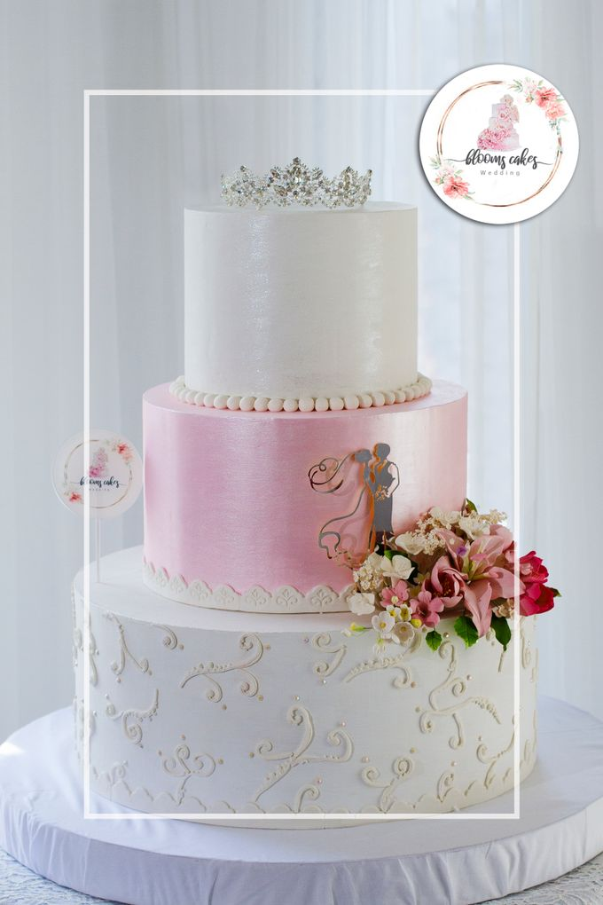 Custom Wedding Cake by Bloomscake Wedding - 029