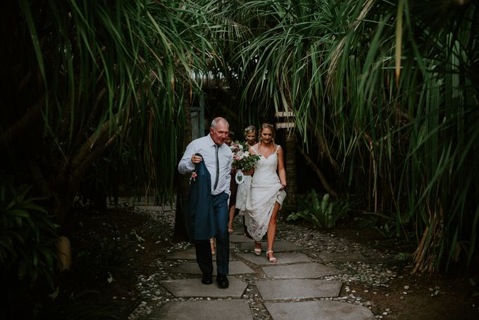 Komune Resorts Wedding - Reanne & Blake by Snap Story Pictures - 021