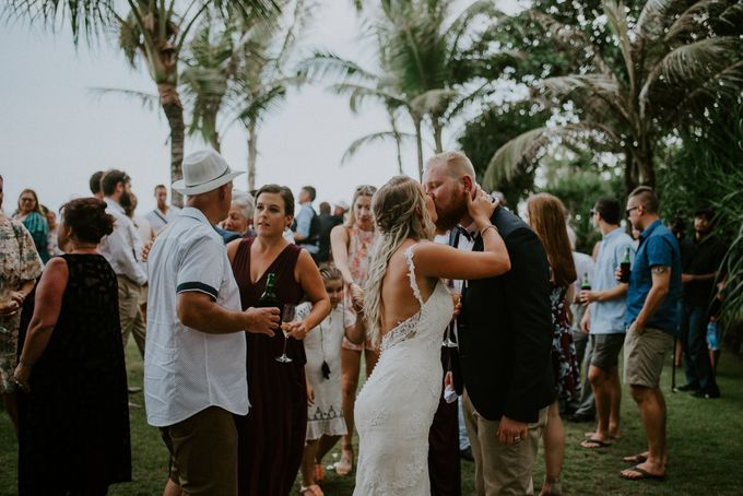Komune Resorts Wedding - Reanne & Blake by Snap Story Pictures - 030
