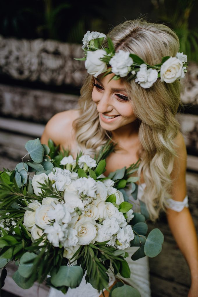 Wedding of Rebecca & Augustine by Lily Wedding Services - 003