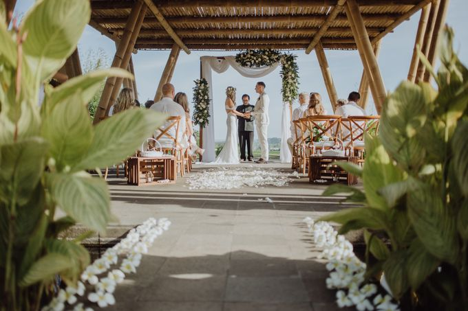 Wedding of Rebecca & Augustine by Lily Wedding Services - 005