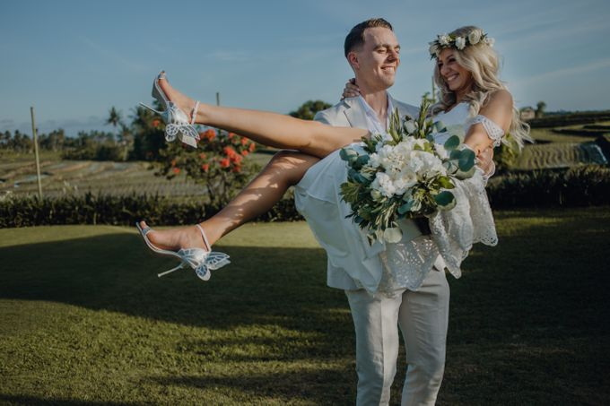 Wedding of Rebecca & Augustine by Lily Wedding Services - 010