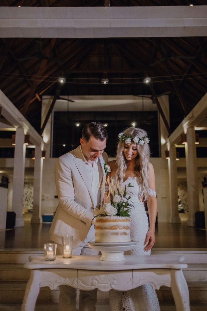 Wedding of Rebecca & Augustine by Lily Wedding Services - 014