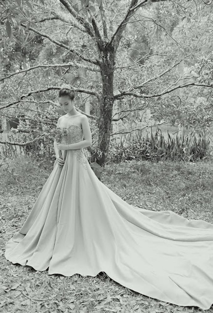 Into the Woods x Cinderella  | Wardrobe Styling by MISS KAYCE by Aisle 1401 - 012