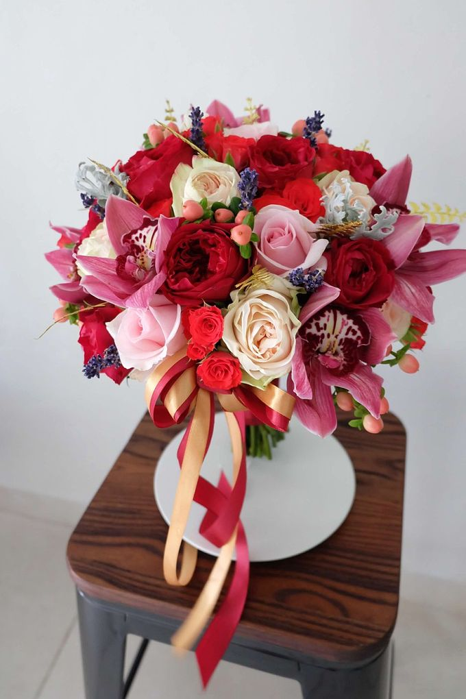 Round Bouquet Collection by Il Fiore - 015