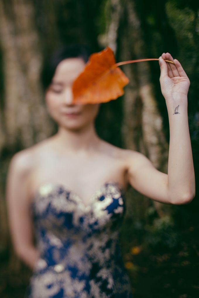 Classic and Dreamlike Prewedding of Mitha & Reiner in Bali by fire, wood & earth - 012