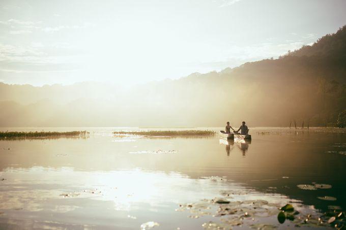 Classic and Dreamlike Prewedding of Mitha & Reiner in Bali by fire, wood & earth - 002