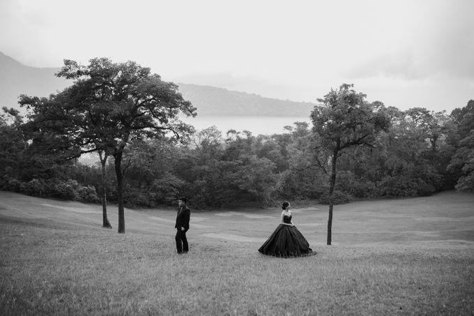 Classic and Dreamlike Prewedding of Mitha & Reiner in Bali by fire, wood & earth - 015