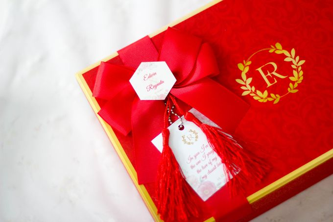 Edwin & Reynata by Petite Pretty Hampers - 008