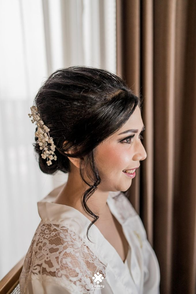 Rendy Evelyn Wedding | Bride's Morning Preparation by Ducosky - 009