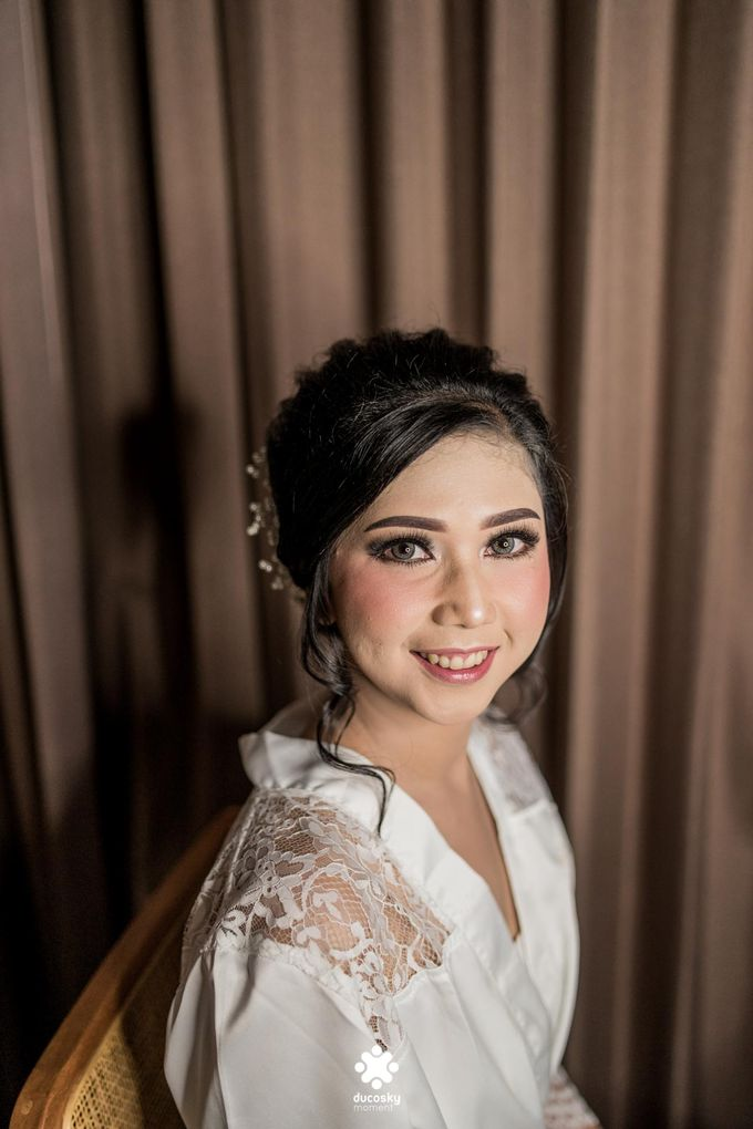 Rendy Evelyn Wedding | Bride's Morning Preparation by Ducosky - 008