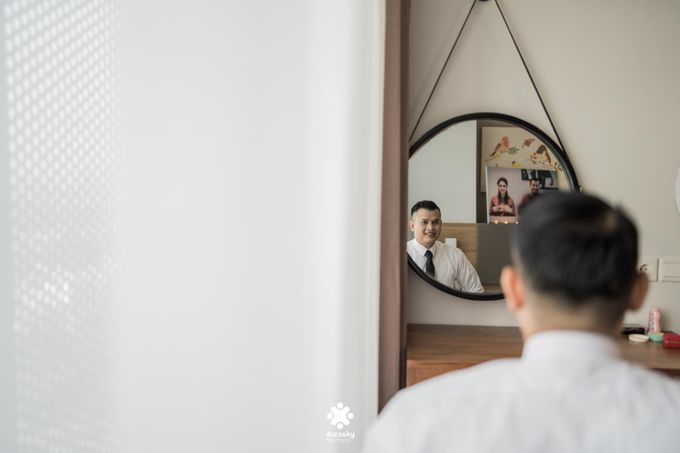 Rendy Evelyn Wedding | Groom's Morning Preparation by Ducosky - 009