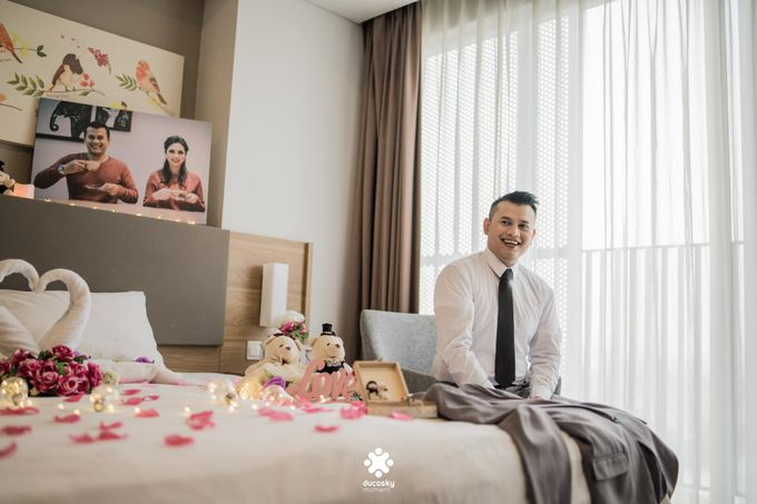 Rendy Evelyn Wedding | Groom's Morning Preparation by Ducosky - 011