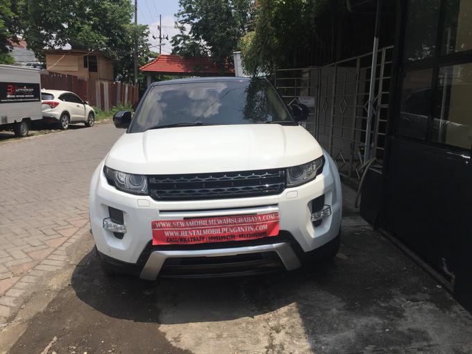 Sewa Range Rover Evoque Putih Surabaya by Rentalmobilpengantin.com - 004