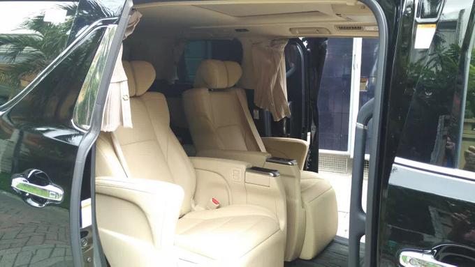 Promo Sewa Alphard Surabaya untuk Mobil Pengantin  by BLAZE EVENT ORGANIZER - 002
