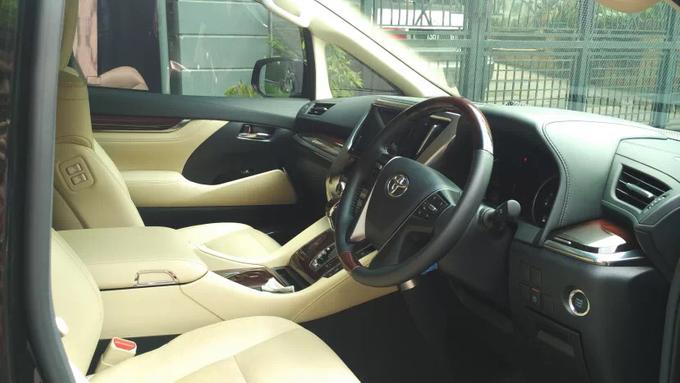 Promo Sewa Alphard Surabaya untuk Mobil Pengantin  by BLAZE EVENT ORGANIZER - 003