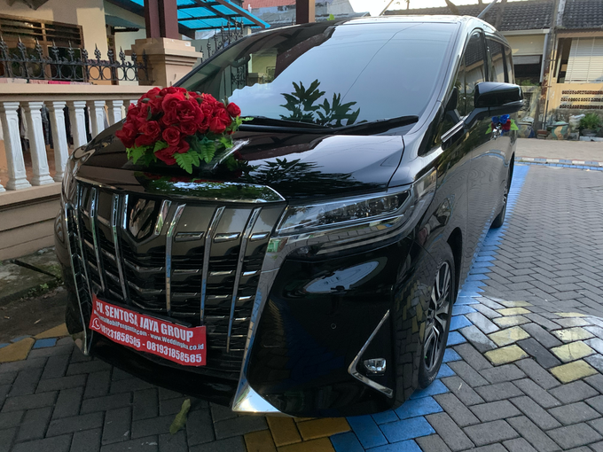 Promo Sewa Alphard Surabaya untuk Mobil Pengantin  by BLAZE EVENT ORGANIZER - 015