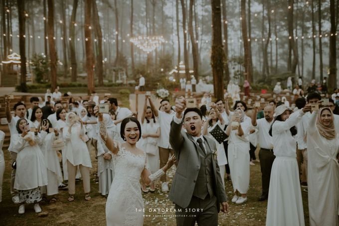 Sastri & Luthfan Wedding At Orchid Forest Lembang by Josh & Friends Entertainment - 012