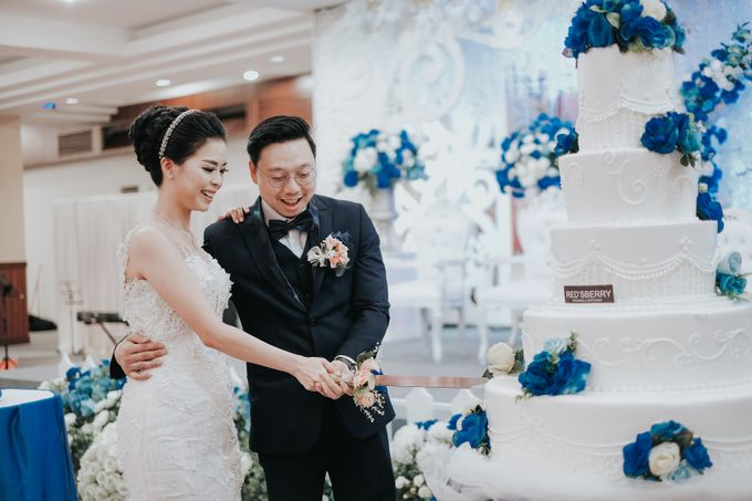 Receptions of Hendry & Kartika by Kayika Wedding Organizer - 007