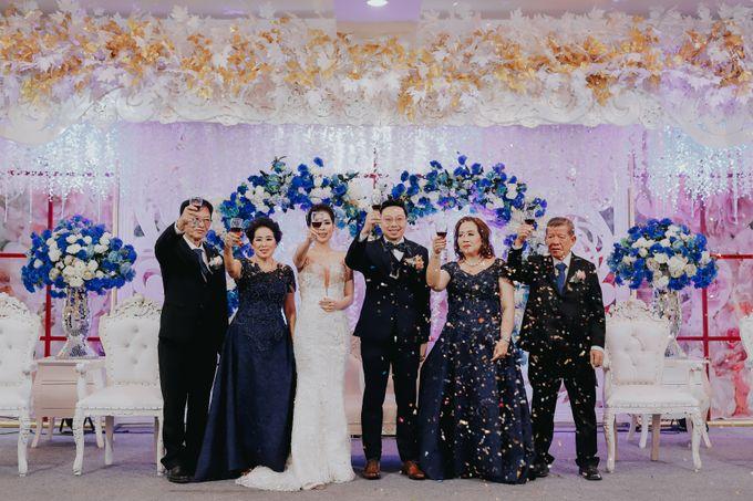 Receptions of Hendry & Kartika by Kayika Wedding Organizer - 012
