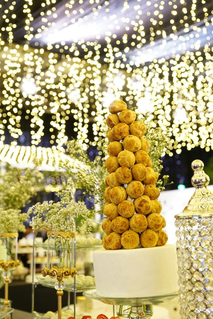 Wedding of Revie & Widarti - Jardin Sweet Corner by Questo La Casa Pastry - 010