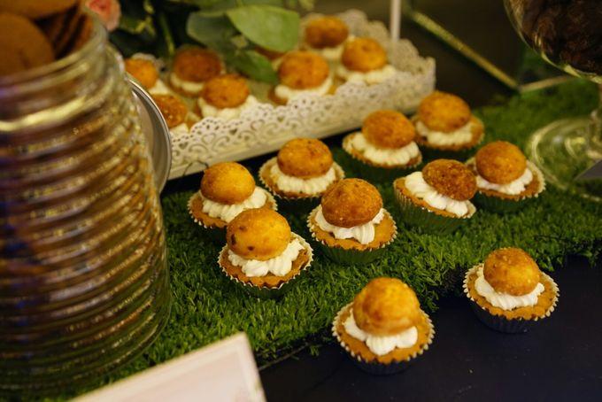 Wedding of Revie & Widarti - Jardin Sweet Corner by Questo La Casa Pastry - 015