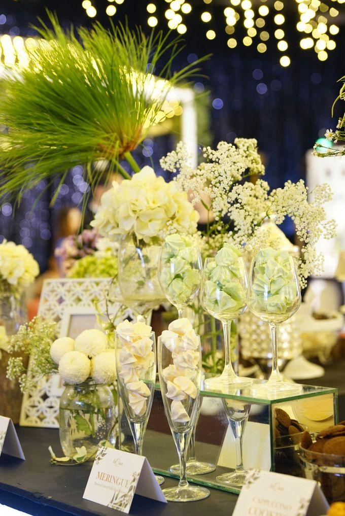 Wedding of Revie & Widarti - Jardin Sweet Corner by Questo La Casa Pastry - 025