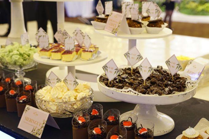 Wedding of Revie & Widarti - Jardin Sweet Corner by Questo La Casa Pastry - 033