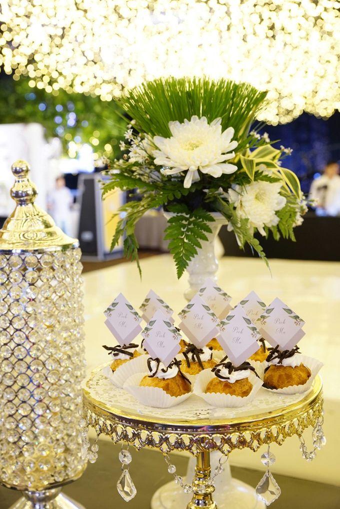 Wedding of Revie & Widarti - Jardin Sweet Corner by Questo La Casa Pastry - 038