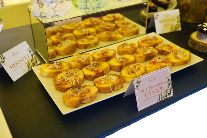Wedding of Revie & Widarti - Jardin Sweet Corner by Questo La Casa Pastry - 040