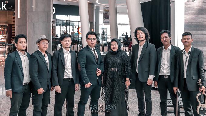 Bersama Bupati Karawang Dr. Cellica Nurrachadiana by RG Music Entertainment - 001