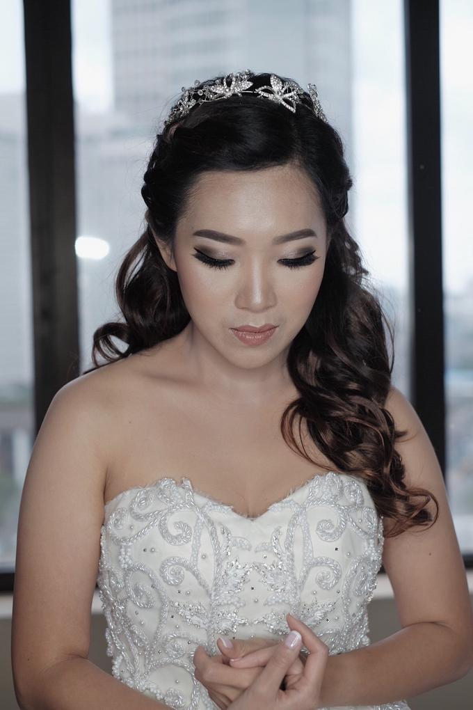 Wedding Makeup for Mrs. Yenny by Mandarin Oriental, Jakarta - 001