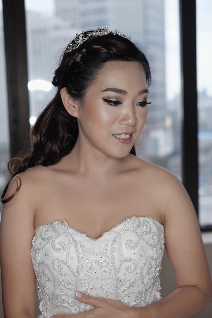 Wedding Makeup for Mrs. Yenny by Mandarin Oriental, Jakarta - 002