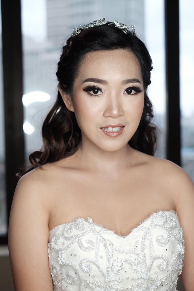 Wedding Makeup for Mrs. Yenny by Mandarin Oriental, Jakarta - 004