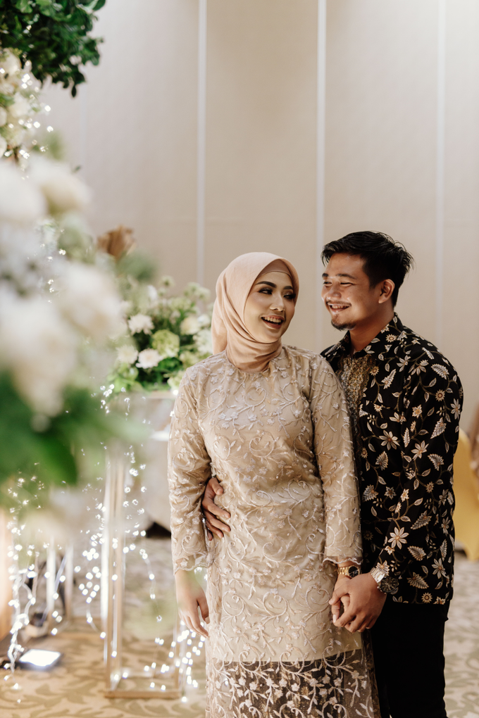 The Engagement of Feby & Aldi by Riani And Friends - 007