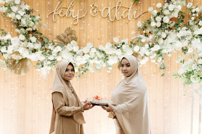 The Engagement of Feby & Aldi by Riani And Friends - 008