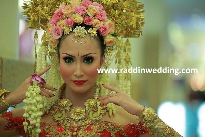 Add To Board Tradisional Wedding By Raddin 005