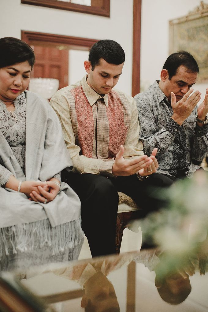 Engagement of Rifki & Lala by Lights Journal - 021