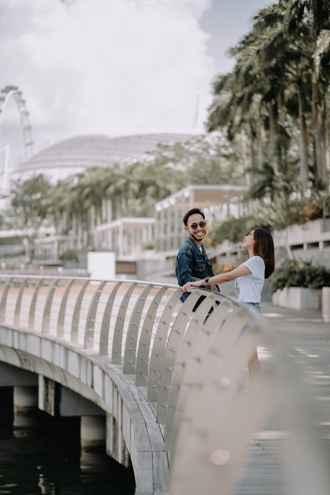 Cityscape Prewedding Session Singapore Baghaz & Yesi by Hexa Images - 011