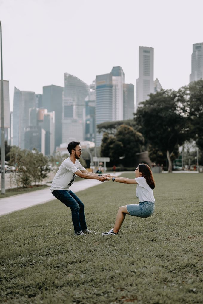 Cityscape Prewedding Session Singapore Baghaz & Yesi by Hexa Images - 022