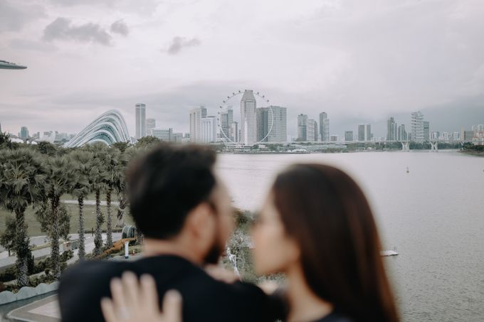 Cityscape Prewedding Session Singapore Baghaz & Yesi by Hexa Images - 027
