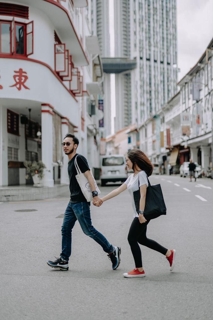 Cityscape Prewedding Session Singapore Baghaz & Yesi by Hexa Images - 037