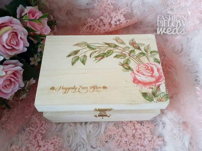 Wedding Ring Flower Box by Fashion Pillow Weds - 002